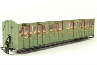 GR-401A L&B Bogie composite 6364 in Southern Railway green