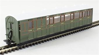 GR-421B L&B Bogie composite brake 6993 in Southern Railway green