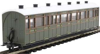 GR-441B Lynton and Barnstaple third class 2471 in Southern Railway olive green
