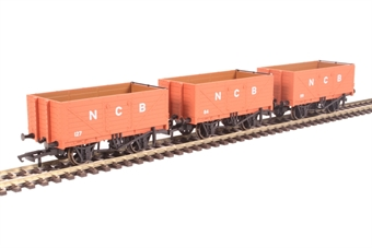"""GV6012 Pack of three 7-plank open wagons """"National Coal Board"""""""