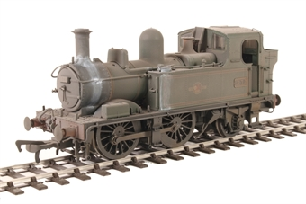 H1415 Class 14xx 0-4-2T 1432 in BR Lined green with late crest - Heavily weathered