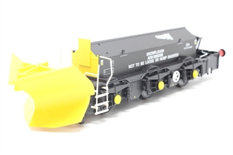 H4-BH-011-PO Beilhack snow plough (ex Class 45) ZZAADB966098 in Network Rail black - Pre-owned - loose detail