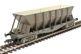 ICI002BW ICI Hopper wagon 3302 in Mid Grey body, underframes & bogies - weathered. 1945 - 1950s £25
