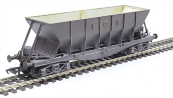 ICI003CW ICI Hopper wagon 3215 in battleship grey body, underframes & bogies - weathered. 1950s - 1973 £25