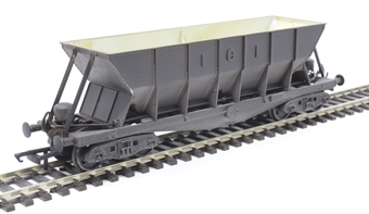 ICI005DW ICI Hopper wagon 19058 in battleship grey body, underframes & bogies with PHV TOPS panel (black backing) - weathered. 1973 - 1992 £25