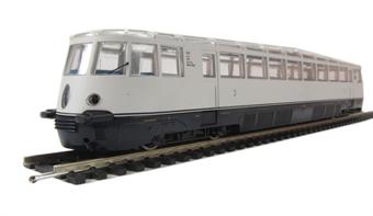 L112893 Class VT 137 240 Diesel Railcar, Wechselstrom Digital Era 2. AC powered