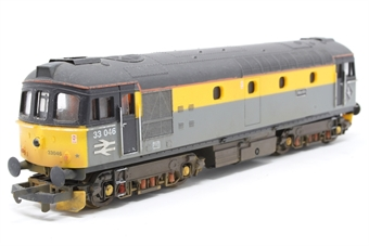 "L204610-PO01 Class 33 33046 ""Merlin"" in Dutch grey and yellow - Pre-owned -  weathered, lighting kit added - loose chassis"
