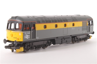 """L204610 Class 33 33046 """"Merlin"""" in Dutch grey and yellow"""