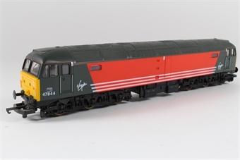 L204621 Class 47 47844 in Virgin livery