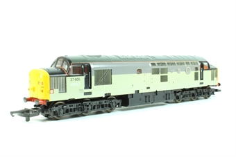 L204647 Class 37 37605 in EPS triple grey livery with tunnel motifs