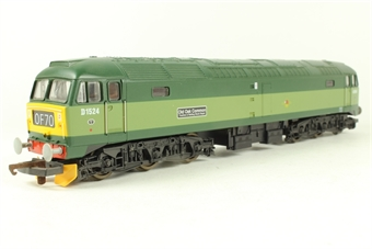 """L204835 Class 47 diesel BR Two Tone green 47004/D1524 """"Old Oak Common Traction & Rolling Stock Depot"""""""