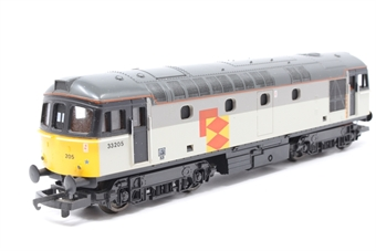 L205070 Class 33 33205 in Railfreight Distribution grey