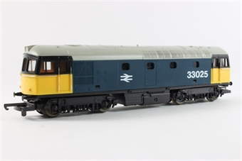 L205115b Class 33 33025 in BR Large Logo blue