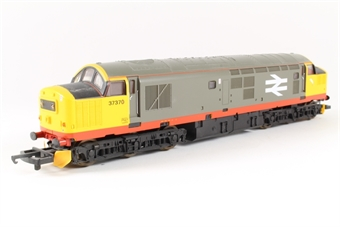 L205215a Class 37 37370 in Railfreight Red Stripe