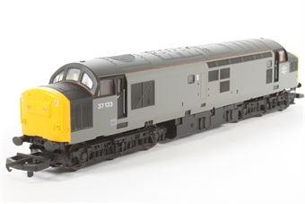 L205299a Class 37 37133 in Civil Engineers grey