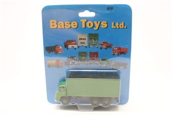 L6C-01-PO01 Leyland 'Lad' box van in green - Pre-owned - Like new, Still factory sealed