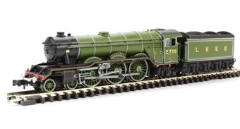 ND129B Class A3 steam locomotive and tender 2750 'Papyrus' in LNER apple green £103