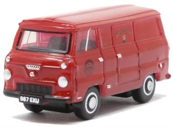 NFDE004 Ford 400E Van - Royal Mail
