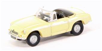 NMGB002 MGB Roadster Pale Primrose