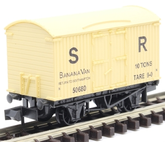 NR-42S Banana box van in SR cream