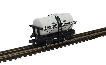 NR-P167 Milk Tank wagon 'United Dairies' £8.50