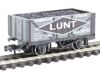 "NR-P424 7 plank open wagon ""Lunt Brothers"""