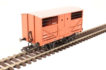 OR76CAT001B 10 ton Cattle wagon E151872 in BR bauxite