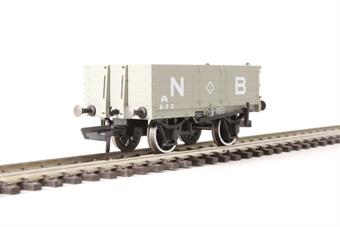 OR76MW4001 4 plank wagon in North British Railway grey
