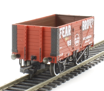"""OR76MW7001 7 plank wagon 95 """"Fear Bros, Staines"""" in red"""