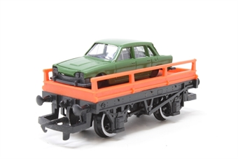 R005-PO01 Flat Wagon with Car  - Pre-owned - imperfect box