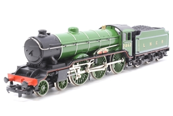 R053-PO25 Class B17 4-6-0 'Manchester United' 2862 in LNER Green - Pre-owned - Like new - Imperfect box