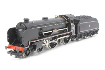 R084-PO02 Class V Schools 4-4-0 30927 'Clifton' in BR Black - Pre-owned - Like new