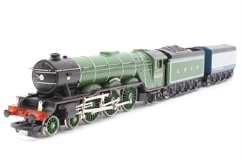 R098-PO05 Class A1/A3 4-6-2 'Flying Scotsman' 4472 in LNER Green - Pre-owned - detailed with added crew and lamps