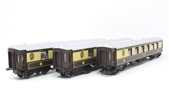 R1177coaches-PO06 Pack of 3 Pullman parlour coaches - Split from R1177 Set - Pre-owned - Some couplings loose, replacement box
