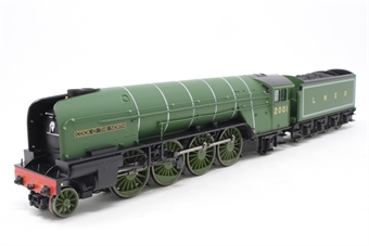 """R1183Loco-PO03 Class P2 2-8-2 2001 """"Cock O' The North"""" in LNER green - Split from Set - Pre-owned - Missing two buffers, car doors and part of footplate loose, replacement box"""