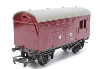 R123A-B547-PO17 Horse Box 231709 in MR maroon- Pre-owned - renumbered and repainted - worn decal on one side