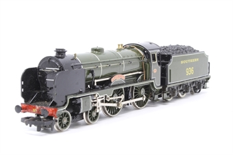 R132-Schools-PO03 Schools Class V 4-4-0 'Cranleigh' 936 in SR Olive Green - Pre-owned - poor runner- imperfect box