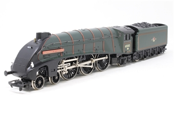 R144-A4-PO03 Class A4 4-6-2 'Dominion of Canada' 60010 in BR Green - Pre-owned - Only runs foward, detailed with lamps, replacement box