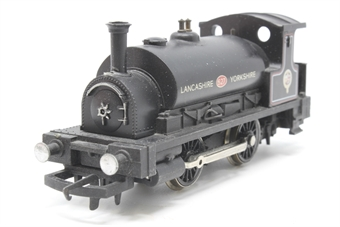 R150-PO05 Class 0F 'Pug' 0-4-0 627 in L&Y Black - Pre-owned - Detailed with crew and painted details, missing buffer, imperfect box