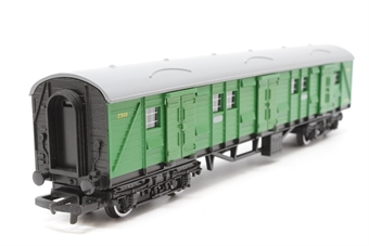 R178-Coach-PO10 Bogie Luggage Van 2300 in SR Green - Pre-owned - Like new
