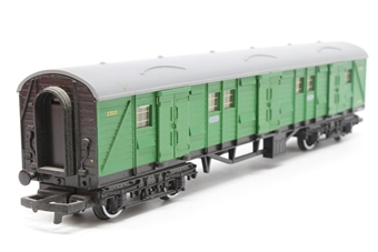 R178-Coach-PO14 Bogie Luggage Van 2300 in SR Green - Pre-owned - imperfect box