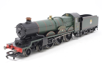 R2024Loco-PO03 Castle Class 4-6-0 4037 'The South Wales Borderers'' BR Green - Seperated from train pack - Pre-owned - renumbered and renamed
