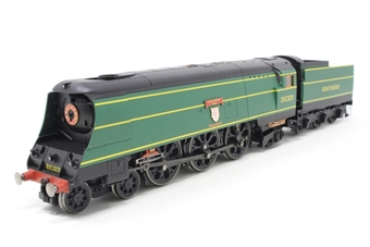 """R2219-PO19 Streamlined West Country Class 4-6-2 21C123 """"Blackmoor Vale"""" in Southern Railway Malachite Green - Pre-owned - sold as seen, Non runner, missing couplings"""