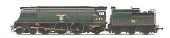 """R2282 West Country class 4-6-2 """"Weymouth"""" 34091 in BR green with late emblem"""