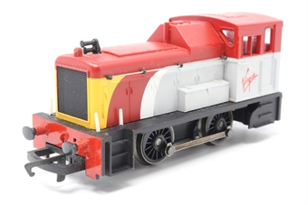R2375-PO33 Class 06 Shunter in Virgin Trains livery - Collectors club limited edition - Pre-owned - marks on glazing and roof - imperfect box