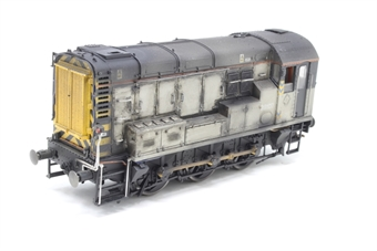 R2419-PO06 Class 09 Shunter 09107  in Civil Engineers' Grey  - Pre-owned - missing couplings, renumbered and reliveried, weathered