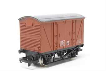 R242BR-PO08 12T Ventilated Van BR Brown - Pre-owned - Like new