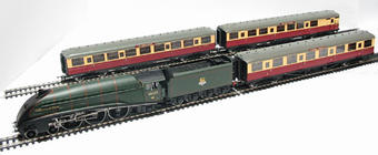 "R2435 ""The Northumbrian"" train pack with BR A4 Andrew K McCosh and 3 Gresley coaches"