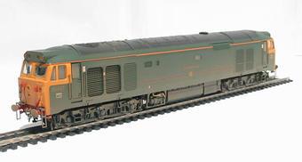 """R2499 Class 50 50007 """"Sir Edward Elgar"""" in GWR green (weathered)"""