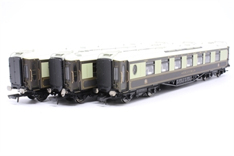 "R2568Coaches-PO02 3 pullman coaches from R2568 ""The Devon Belle"" train pack - Pre-owned -  missing coupling hook on two coaches, replacement box"